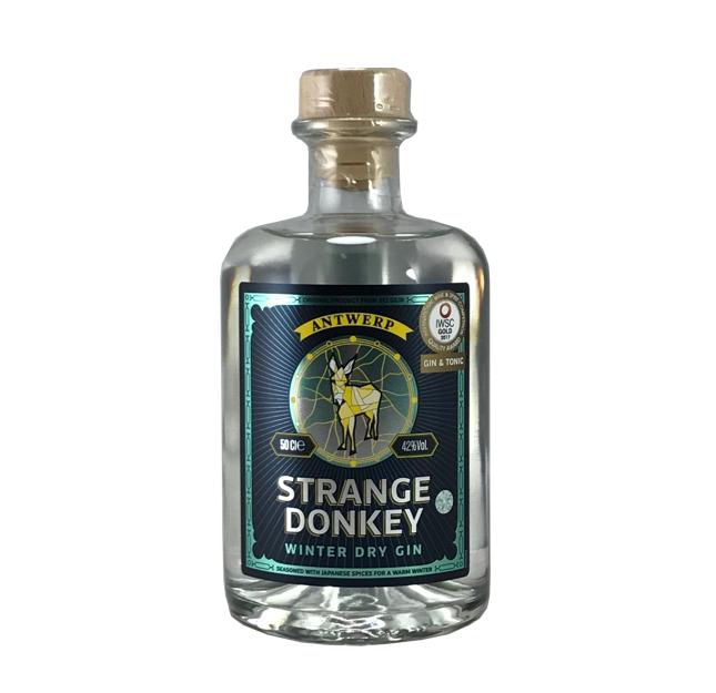 Strange-donkey-winter-dry-gin_